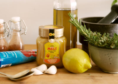 Citroen-honingmarinade met verse kruiden